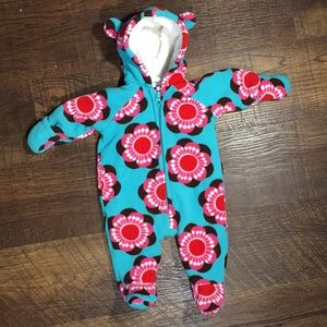 Old Navy One Pieces - Old Navy Infant Snowsuit size 0-3 months
